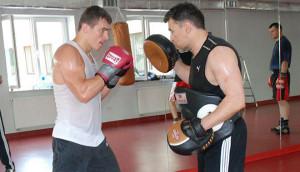 Jarosław Soroko podczas treningu z Mateuszem Masternakiem (fot. archiwum prywatne)